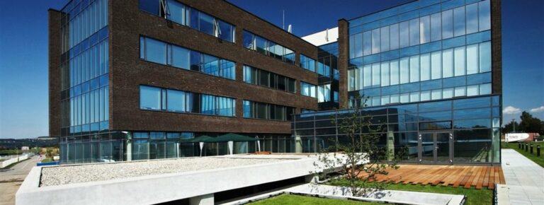 w1600h605-kd9f9-20ffe-axis-office-ostrava-administrativni-prostory-60-az-2-700m2-1-3dec3f7ea0